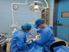 【医院新闻   仁品口腔】高难度种植牙案例:拯救萎缩的牙槽骨